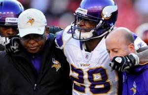 adrian_peterson_acl_12242011